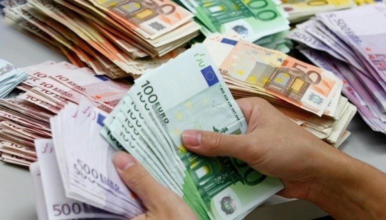 NOTAS DE EURO CONTAGEM