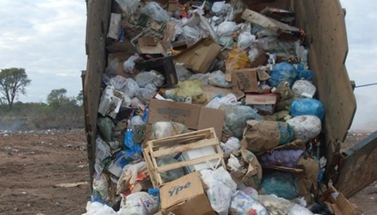 STAL: Não à privatização do serviço de resíduos sólidos