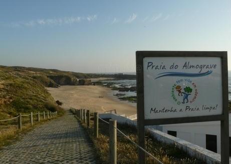 Almograve praia