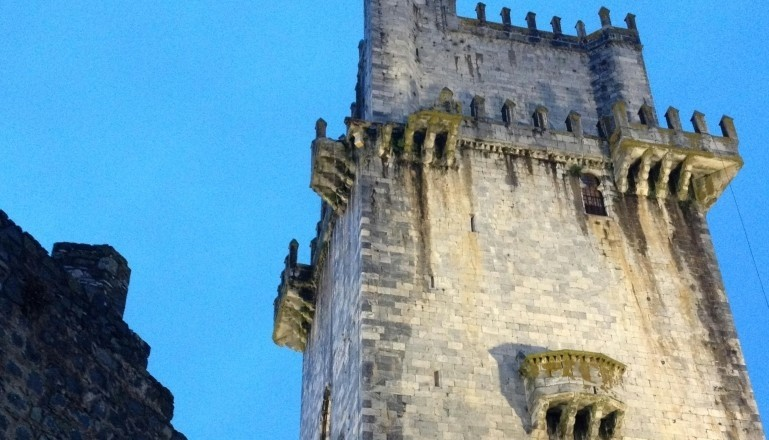 Varanda Caída Torre de Menagem