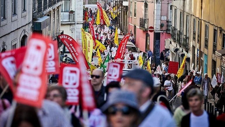 Resultado de imagem para manifestação sindical