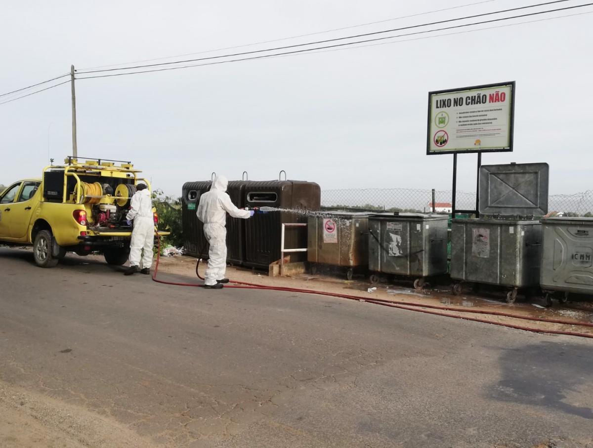 Desinfeção contentores e ecopontos