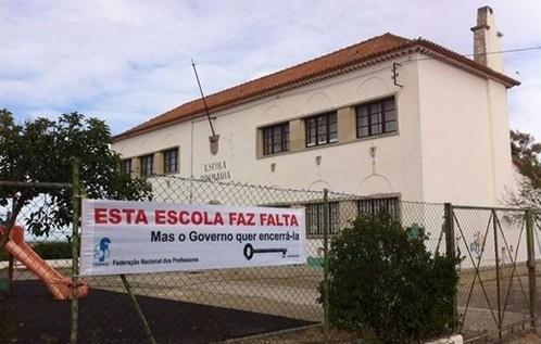 escola primária a encerrar