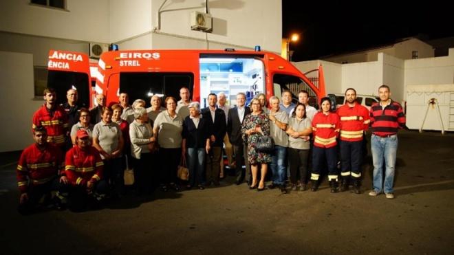 Município de Aljustrel e grupo de voluntários doaram ambulância aos bombeiros