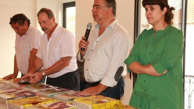 Autarquia de Vidigueira entrega manuais escolares aos alunos do concelho