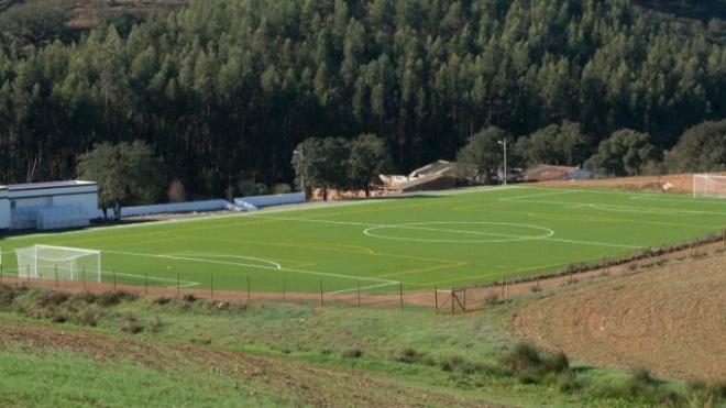 Campo de Futebol de Sabóia já foi inaugurado