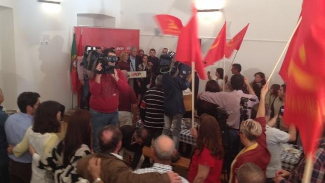 Jerónimo de Sousa diz que há condições para um governo de iniciativa do PS