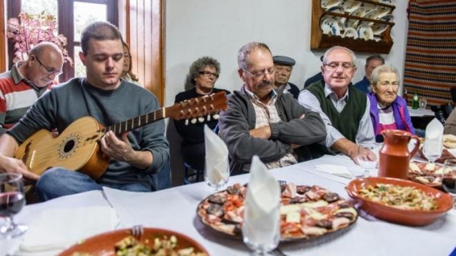 Centro de Valorização da Viola Campaniça em S. Martinho das Amoreiras
