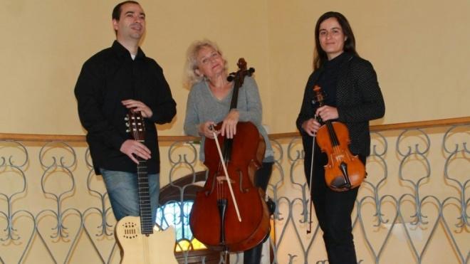 Trio de Cordas com espectáculo no Pax-Julia