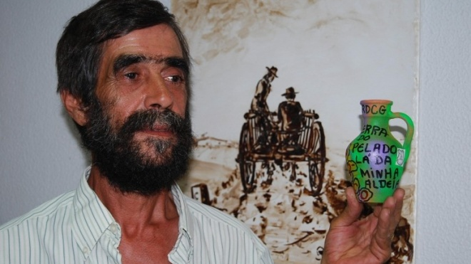 Homenagem a Carlos Dias em Cabeça Gorda