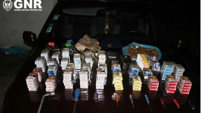 4 detidos por furto de máquinas de tabaco