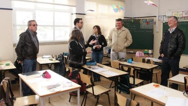 Escolas do ensino básico recebem roteiro da autarquia