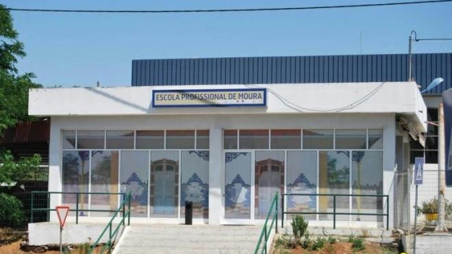 Alunos de Moura querem melhores condições na Escola Profissional