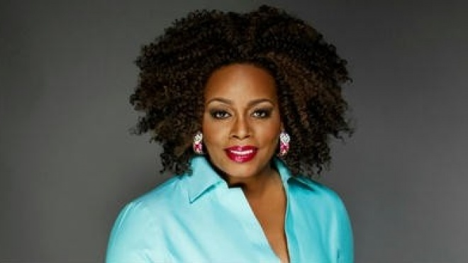 Dianne Reeves actua no Pax-Julia