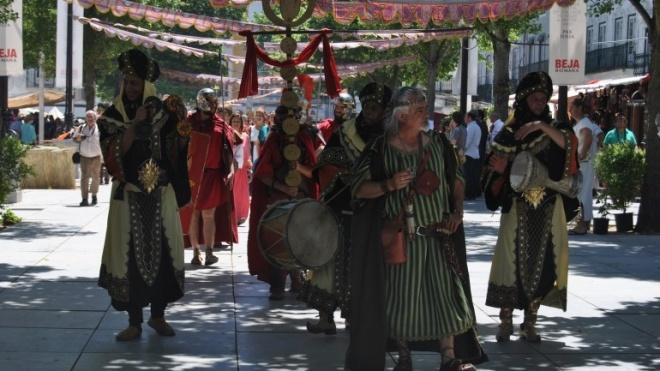 II Festival Beja Romana: fotogaleria do cortejo