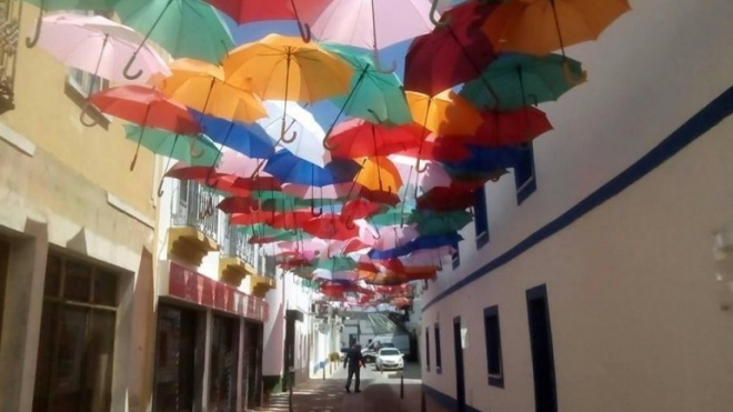 """Artes de Rua """"invadem"""" Almodôvar"""