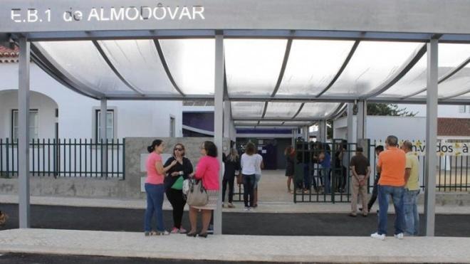 Câmara inaugurou beneficiação realizada na Escola E.B.1. de Almodôvar