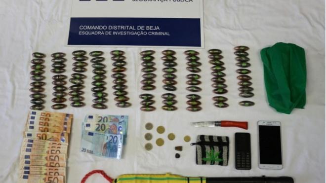 Duas detenções por suspeita de tráfico de estupefacientes