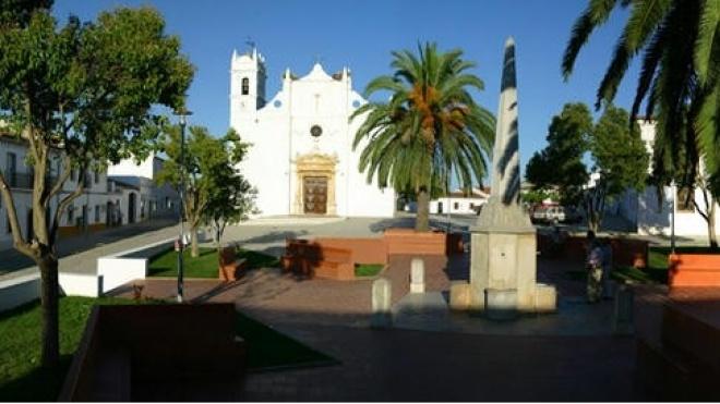Autarquia de Moura entrega projecto de reabilitação da Igreja Matriz de Safara