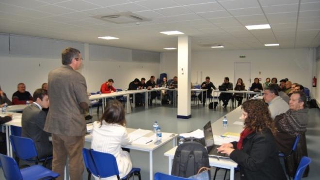 Santiago Macias preside à Mesa da Assembleia Distrital