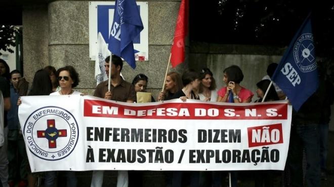 Enfermeiros voltam à greve em outubro