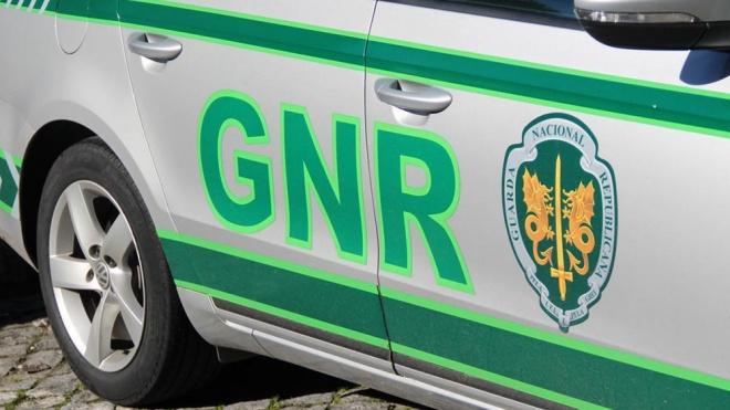 GNR de Beja deteve 5 indivíduos em flagrante delito
