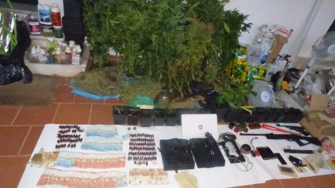 GNR deteve 5 indivíduos por tráfico de droga em Moura