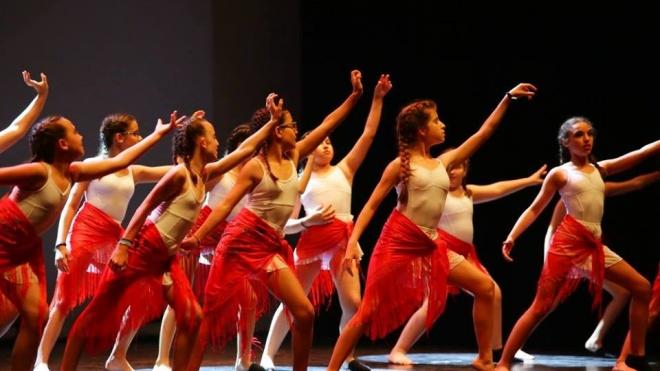 Pax Julia apresenta espetáculo de dança