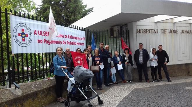 Enfermeiros descontentes à porta Hospital de Beja