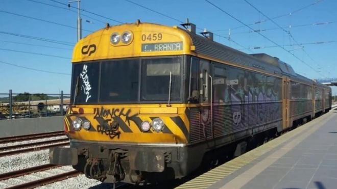 CDS-PP com acção sobre degradação da ferrovia