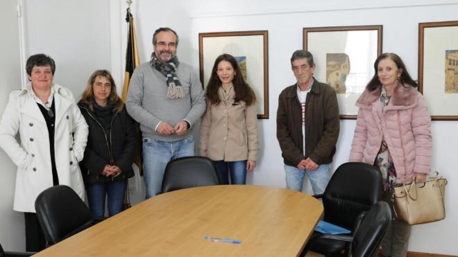 Moura conclui processo de regularização de vínculos precários
