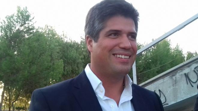 """Legislativas: """"Café com o candidato"""" termina com Henrique Silvestre Ferreira"""