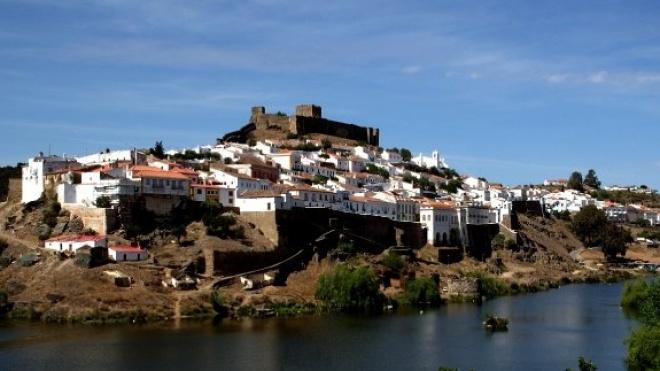 Mértola reforça oferta de wi-fi gratuito na área do centro histórico