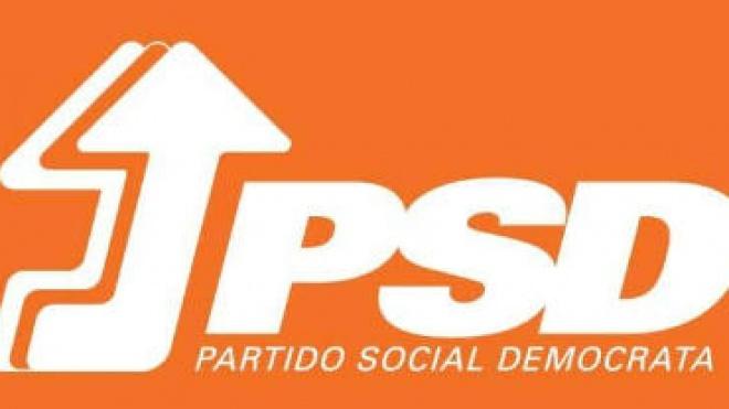 Militantes do PSD escolhem novo presidente