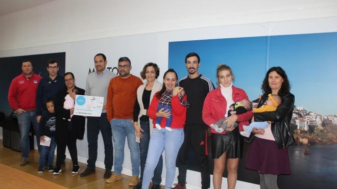 Freguesia de Mértola concede cinco mil euros a bebés da freguesia