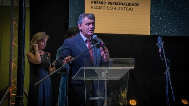 """Presidente do Câmara de Odemira distinguido com prémio """"Personalidade – Região Alentejo"""""""