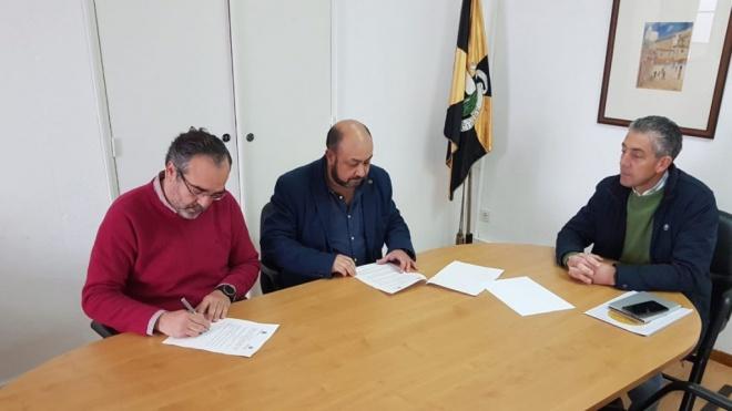 Câmara de Moura e Liga dos Combatentes assinam protocolo