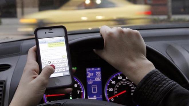 """GNR """"atenta"""" ao uso do telemóvel durante a condução"""