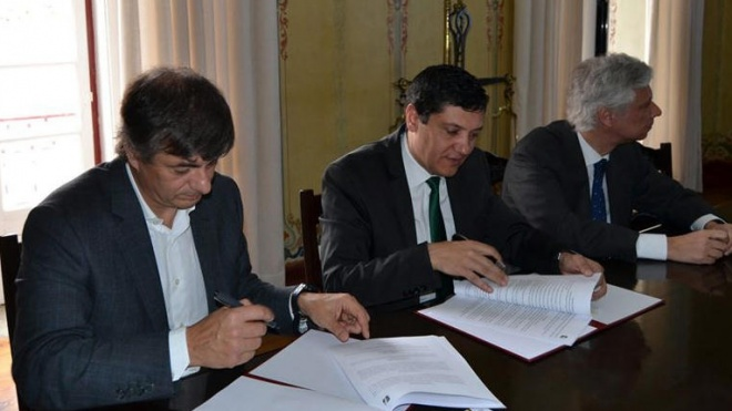 Cuba: autarquia e Infraestruruas de Portugal assinaram contrato