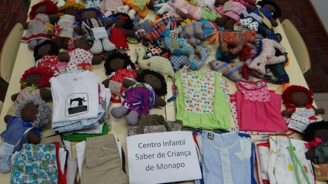 Castro Verde: Roupa e brinquedos de pano para crianças de Monapo