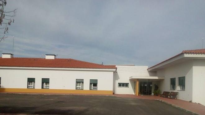Idosa de lar de Vila Verde de Ficalho infetada com covid-19, internada no Hospital de Beja