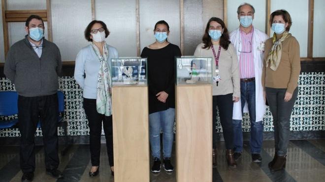 Peças de homenagem aos profissionais de saúde em exposição no Hospital de Beja