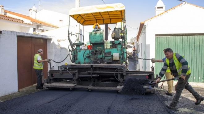 Reabilitação de arruamentos avança no concelho de Moura