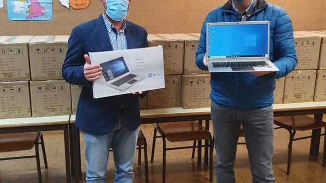 Câmara de Aljustrel ajuda alunos sem equipamentos informáticos
