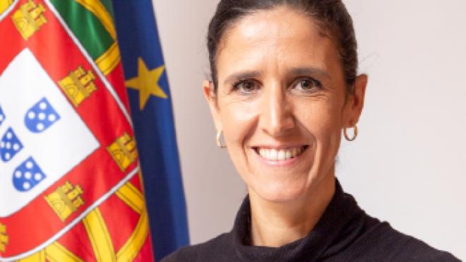 Secretária de Estado da Administração Interna hoje em Cuba
