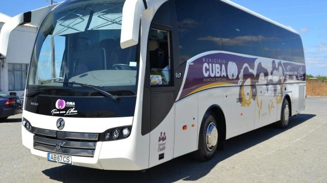 Câmara de Cuba adquiriu um novo autocarro