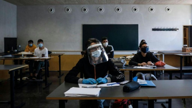 """SPZS: escolas abertas só com """"medidas sérias de segurança sanitária"""""""