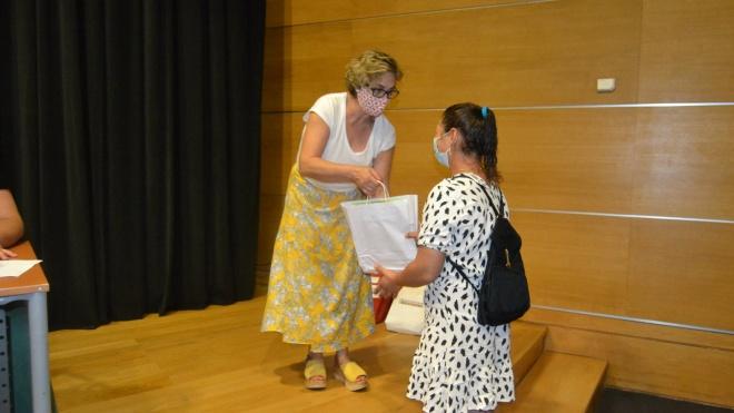 Cuba oferece livros e material escolar aos alunos do 1º ciclo