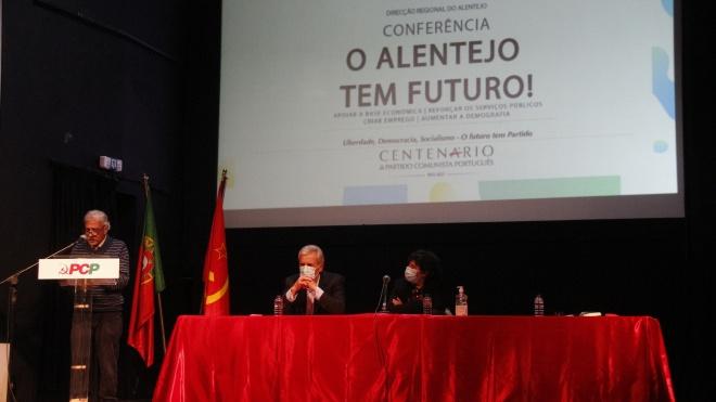 """Jerónimo de Sousa disse em Moura que """"é possível um Alentejo mais próspero e desenvolvido"""""""