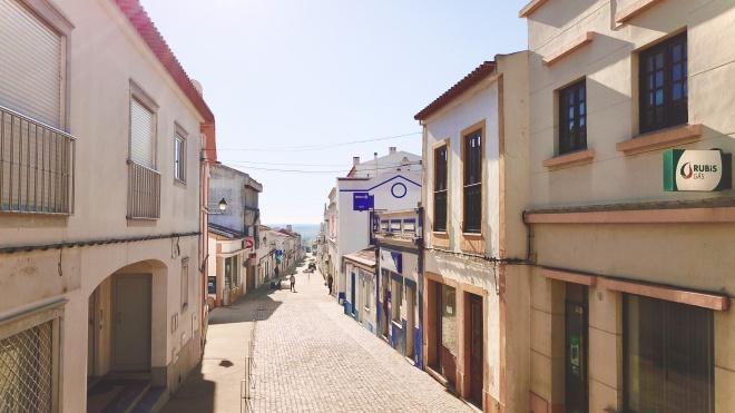 """Castro Verde: """"nova"""" Rua Morais Sarmento sem trânsito"""